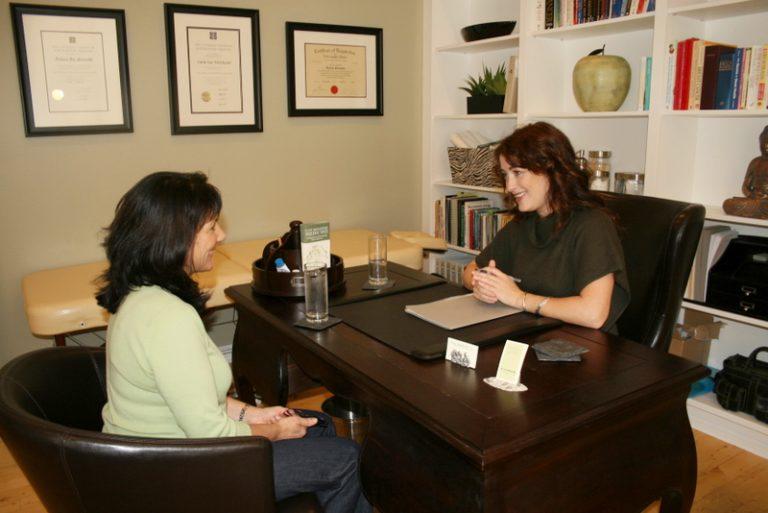 Dr. Lana McMurrer consultation